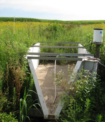 samping flume and rain gage - corn field is in the backgroud